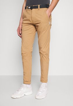 Tommy Jeans - TAPERED BELTED PANT - Chinot - classic khaki
