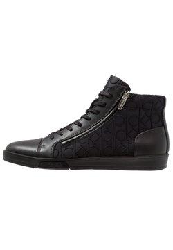 Calvin Klein - BERKE EMBOS - Sneakers hoog - black