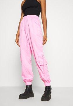 Tiger Mist - FLOSS PANT - Stoffhose - pink