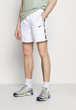 Nike Sportswear - REPEAT - Short - white/black