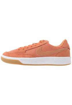 Nike SB - ADVERSARY UNISEX - Skateschuh - healing orange/amber brown/white/light brown/black