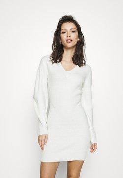NA-KD - SLEEVE MINI DRESS - Neulemekko - white