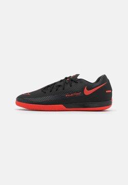 Nike Performance - PHANTOM GT ACADEMY IC - Indoor football boots - black/chile red/dark smoke grey