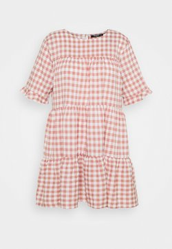Missguided Plus - PLUS CHECK FRILL CUFF RUCHED MINI DRESS - Freizeitkleid - pink