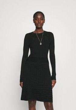 NIKKIE - JOYCE DRESS 2-IN-1 - Strickkleid - black