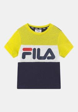 Fila - THEA BLOCKED UNISEX - Camiseta estampada - black iris/sulphur spring/bright white