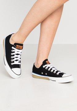 Converse - CHUCK TAYLOR ALL STAR - Trainers - black/total orange/street sage