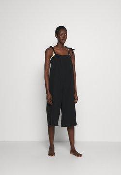 Cotton On Body - 3/4 LENGTH BEACH JUMPSUIT - Accessoire de plage - black