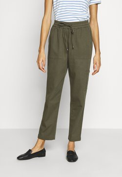 Kaffe - KAPOCKY PANTS - Trousers - grape leaf