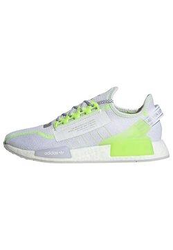 adidas Originals - NMD_R1.V2 - Joggesko - white