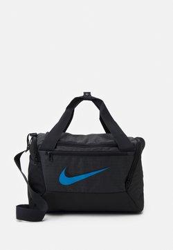 Nike Performance - BRASILIA XS UNISEX - Sporttasche - dark smoke grey/black/coast