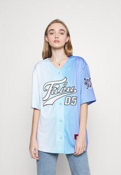 FUBU - VARSITY GRADIENT BASEBALL - T-Shirt print - blue
