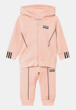 adidas Originals - HOODIE SET UNISEX - Survêtement - pink
