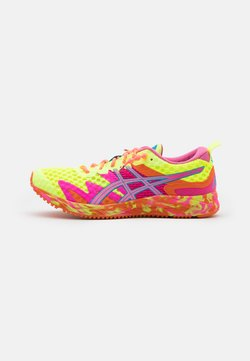 ASICS - GEL-NOOSA TRI 12 - Zapatillas de competición - safety yellow/dragon fruit