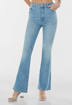 Bershka - Jeans a zampa - blue denim
