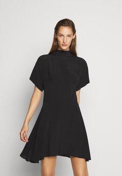 N°21 - Robe d'été - black