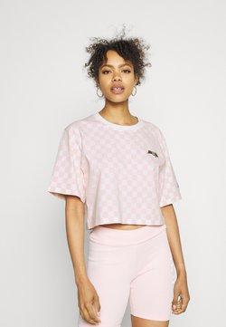 Von Dutch - CHESSBOARD TEE - T-Shirt print - white/pink