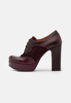 Chie Mihara - BADEL - High Heel Stiefelette - grape