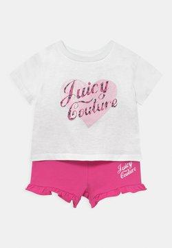 Juicy Couture - BABY HEART TEE SET - Camiseta estampada - bright white