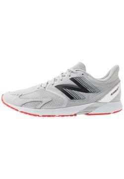 New Balance - HANZO V3 - Zapatillas de competición - light grey