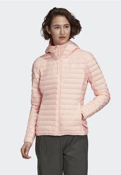 adidas Performance - VARILITY SOFT HOODED OUTDOOR DOWN JACKET - Veste softshell - pink