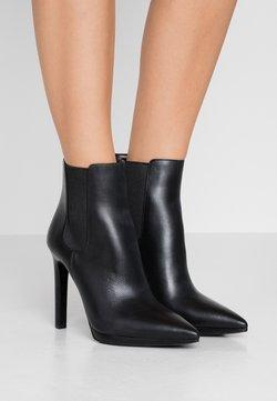 MICHAEL Michael Kors - BRIELLE  - High Heel Stiefelette - black