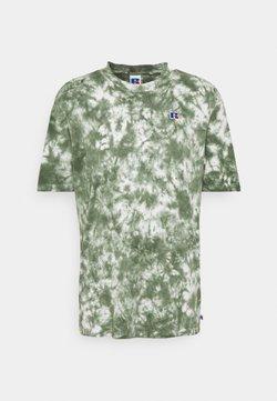 Russell Athletic Eagle R - JUDE MEN'S MODERN CREWNECK TEE UNISEX - T-Shirt print - four leav clover