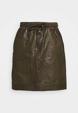 DEPECHE - SKIRT WITH SMOCK WAIST - A-line skirt - green