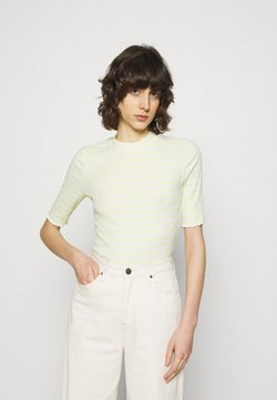 Selected Femme - SLFANNA CREW NECK TEE - T-Shirt print - young wheat/snow white