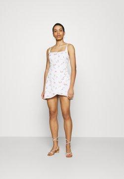 Abercrombie & Fitch - BARE WRAP SHORT DRESS - Freizeitkleid - white