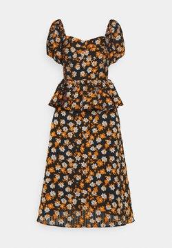 Hofmann Copenhagen - ISOBELLE - Freizeitkleid - mandarin orange