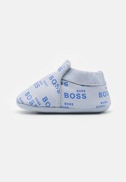 BOSS Kidswear - NEW BORN - Ensiaskelkengät - pale blue