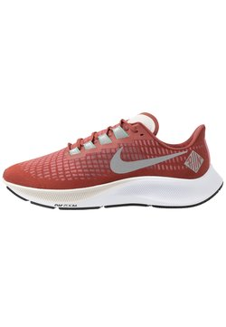 Nike Performance - AIR ZOOM PEGASUS - Zapatillas de running estables - claystone red/silver/white