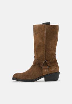 MJUS - Cowboy/Biker boots - mud
