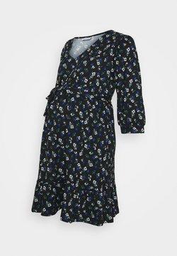 Mamalicious Curve - MLKADY 3/4 SHORT DRESS  - Jerseykleid - black
