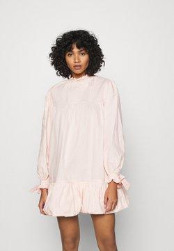 Glamorous - TIE LONG SLEEVE PUFF HEM MINI DRESS WITH HIGH NECK - Korte jurk - blush