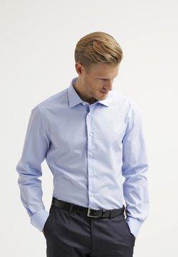 Tommy Hilfiger Tailored - FITTED - Camisa elegante - light blue