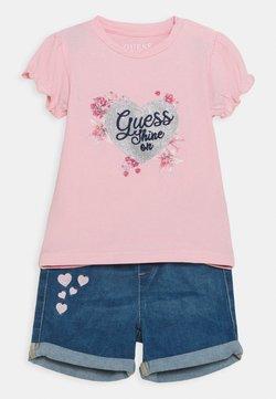 Guess - SET - T-Shirt print - alabaster pink
