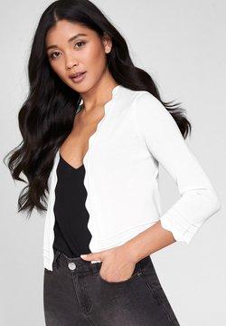 Lipsy - SCALLOP SHRUG - Vest - white