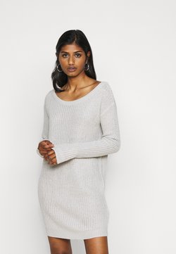 Missguided Petite - AYVAN OFF SHOULDER JUMPER DRESS - Vestido de punto - light grey