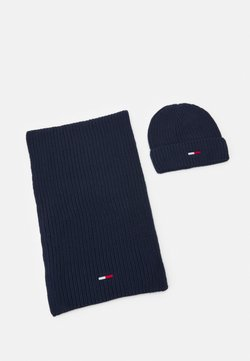 Tommy Jeans - BASIC SCARF BEANIE SET   - Schal - twilight navy