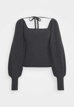 Bruuns Bazaar Höstmode Shoppa höstkläder för dam, herr