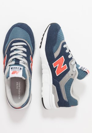 new balance enfant 31