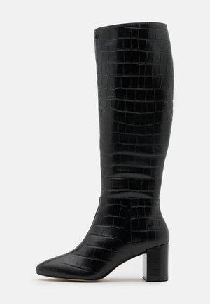 Maat 39 brede schacht laarzen online kopen | Fashionchick.nl