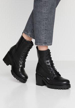 Dockers by Gerli Platform Shoes Online