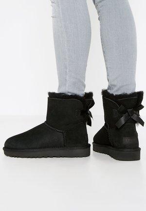 UGG Boots | Warme Kultboots online | ZALANDO