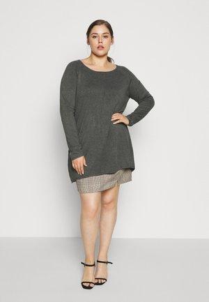 Plus size klær klær i store størrelser på nett hos Zalando.no