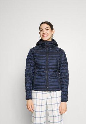Benetton Dunjakker | Varme og lette jakker til dame og herre