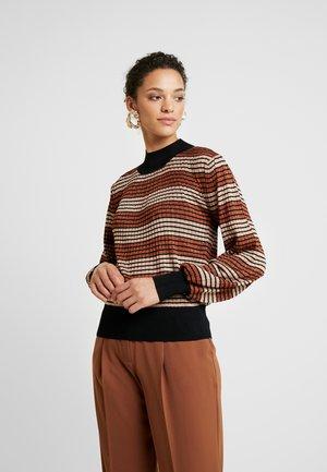 Røde Twintip Stripete gensere til dame og herre | Zalando.no