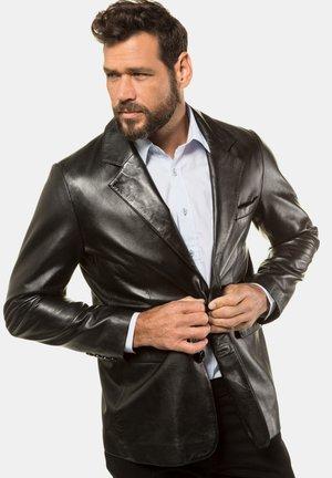 Köp Skinnjackor i storlek 6XL för Man Online | FASHIOLA.se